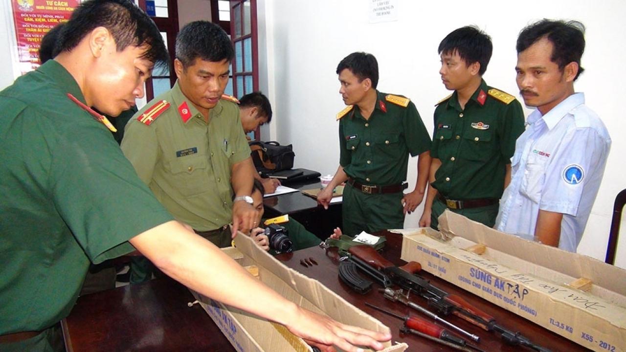 Thủ tục hải quan xuất nhập khẩu bộ quốc phòng