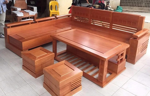 Bàn ghế nội thất làm bằng chất liệu gỗ được là lựa chọn hàng đầu của khách hàng