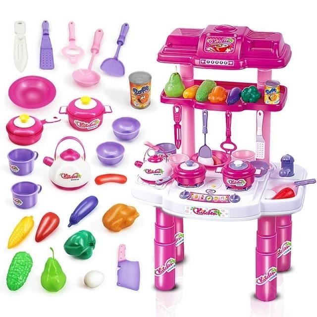 Đồ chơi bằng nhựa cho trẻ em có thể chứa nhiều chất không an toàn với trẻ