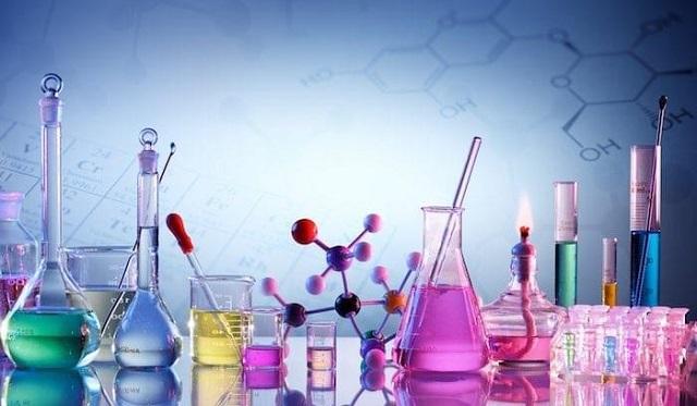 Hóa chất là nguyên liệu đóng góp quan trọng vào sự phát triển của cuộc sống với rất nhiều lợi ích