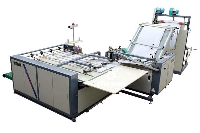 Máy cắt màng túi, màng nhựa là thiết bị tiên tiến, sản xuất túi nhờ công nghệ tự động