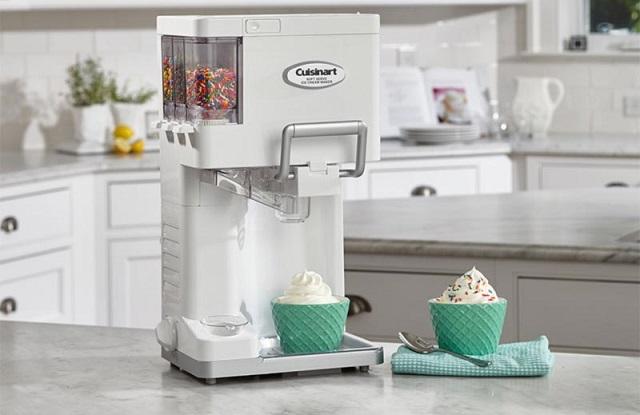 Máy làm kem gia đình được nhiều người lựa chọn hiện nay