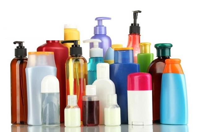 Mỹ phẩm là các sản phẩm được sử dụng để chăm sóc, làm đẹp da, tóc và các bộ phận khác trên cơ thể
