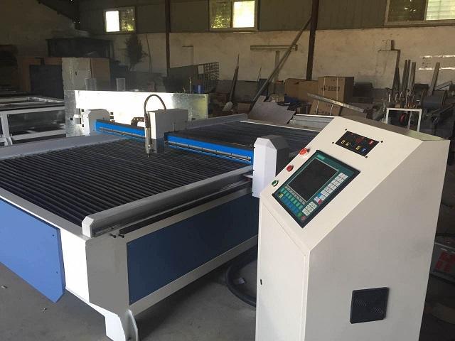 Thủ tục nhập khẩu máy cắt kim loại CNC, máy cắt kính được thực hiện bình thường