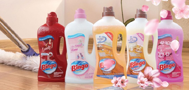Các sản phẩm nước lau sàn đa dạng hương liệu ở thị trường