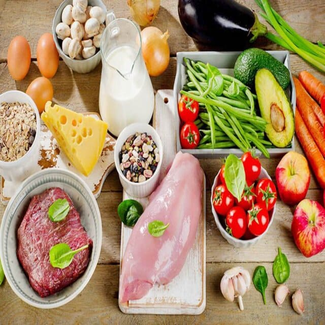 Việc nhập khẩu thực phẩm và các nguyên liệu thực phẩm cần dựa trên các thông tư văn bản